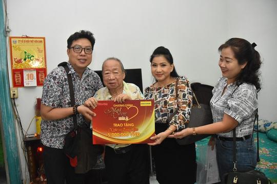 Mai Vàng nhân ái thăm Chu Phác Viên Nam Hùng, Nhuận Điền Thanh Tú và quái kiệt Tùng Lâm - Ảnh 2.