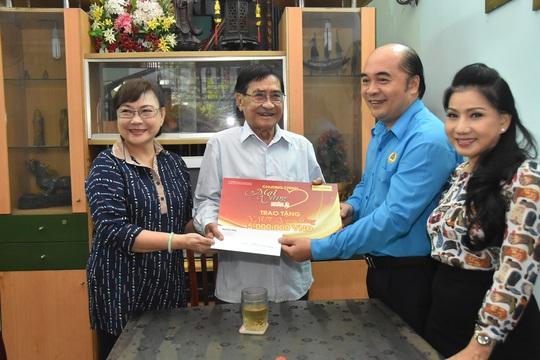 Mai Vàng nhân ái thăm Chu Phác Viên Nam Hùng, Nhuận Điền Thanh Tú và quái kiệt Tùng Lâm - Ảnh 1.
