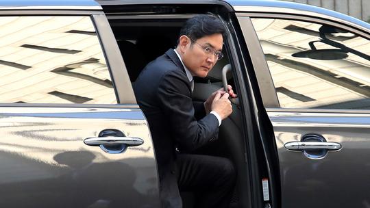 Vì sao người thừa kế Samsung tiếp tục rơi vào vòng lao lý? - Ảnh 2.