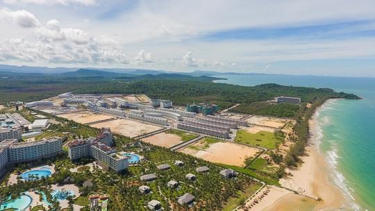 """VinWonders, Grand World và Corona Casino - bộ ba """"chân kiềng"""" tạo bước ngoặt mới cho Phú Quốc - Ảnh 2."""