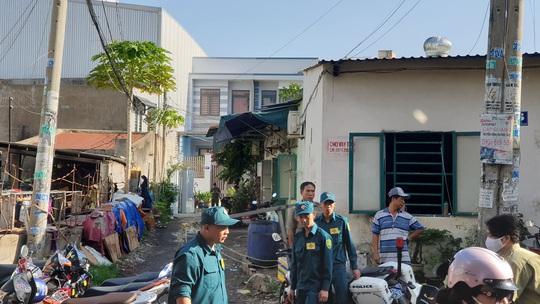 Lửa bùng cháy ở nhà trọ quận Bình Tân, 3 người tử vong - Ảnh 2.