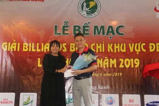 2 nhà báo tên Nguyên xuất sắc tại Giải Bida Báo chí khu vực ĐBSCL lần thứ 13 - Ảnh 3.