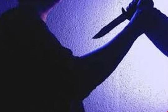 Giải quyết mâu thuẫn, 1 công an viên bị đâm chết - Ảnh 1.