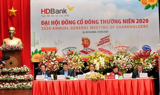 Ngân hàng Nhà nước đang xem xét hồ sơ PGBank sáp nhập HDBank - Ảnh 1.