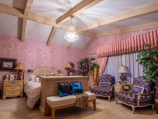 Ngôi nhà có biệt thự dưới lòng đất rộng gần 1.500 m2 giá 18 triệu USD - Ảnh 13.