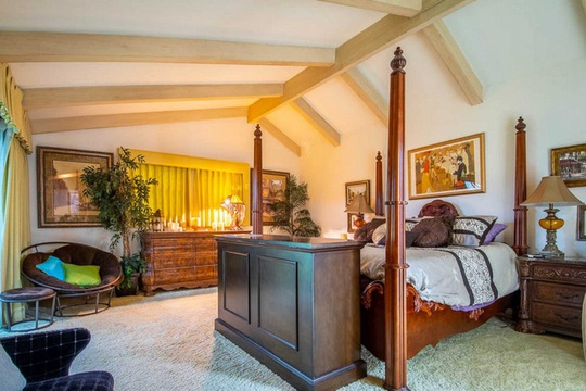 Ngôi nhà có biệt thự dưới lòng đất rộng gần 1.500 m2 giá 18 triệu USD - Ảnh 14.