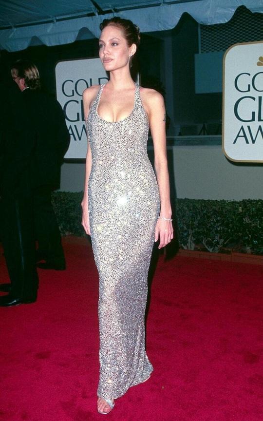 Thời trang Angelina Jolie qua hai thập niên - Ảnh 3.