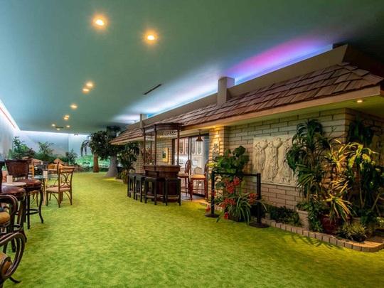 Ngôi nhà có biệt thự dưới lòng đất rộng gần 1.500 m2 giá 18 triệu USD - Ảnh 22.