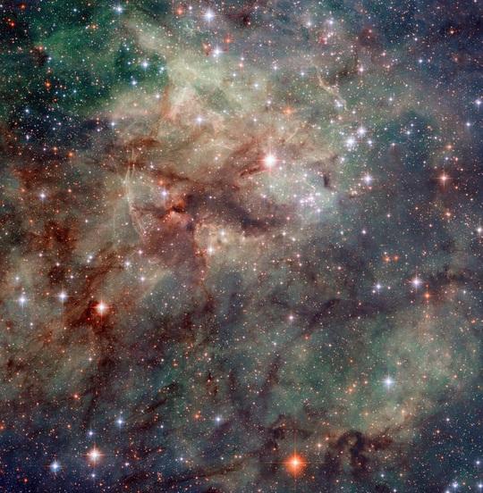 23 bức ảnh tuyệt đẹp gửi đến từ vũ trụ - Ảnh 17.