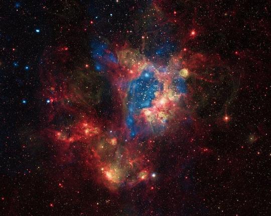 23 bức ảnh tuyệt đẹp gửi đến từ vũ trụ - Ảnh 23.