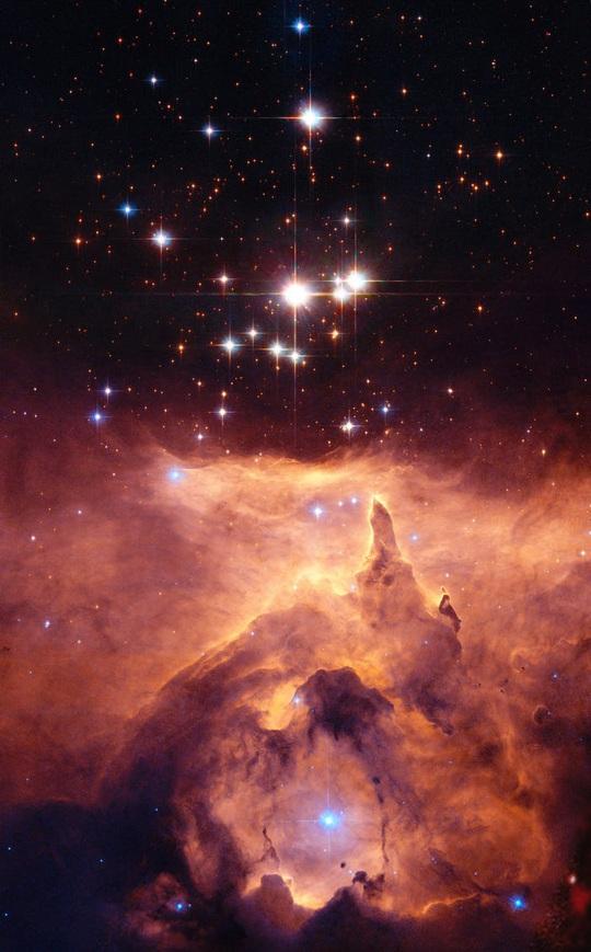 23 bức ảnh tuyệt đẹp gửi đến từ vũ trụ - Ảnh 5.