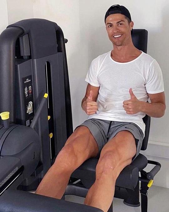 Ronaldo đã làm gì để có thân hình 6 múi ở tuổi 35? - Ảnh 6.