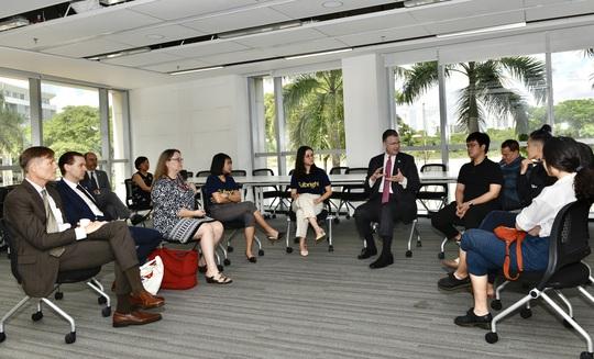 Cơ quan Phát triển Quốc tế Hoa Kỳ trao tài trợ 4,65 triệu đô cho ĐH Fulbright Việt Nam - Ảnh 2.