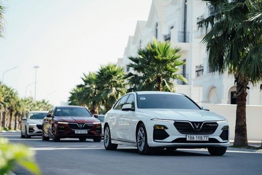 Vì sao bộ đôi xe sang VinFast Lux được ưa chuộng? - Ảnh 1.