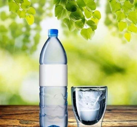 Loại nước nào uống trong thời gian dài tốt nhất? - Ảnh 2.