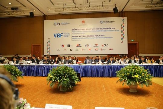 Đón đầu làn sóng FDI, Việt Nam vẫn cần nỗ lực cải thiện môi trường đầu tư - Ảnh 1.