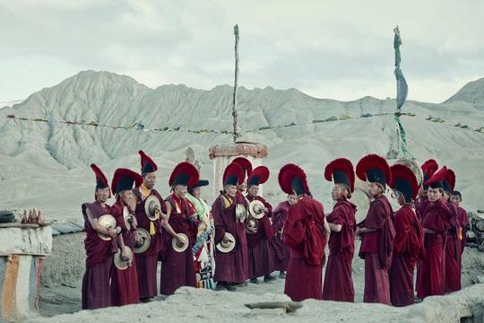 Vương quốc ẩn khuất trên dãy Himalaya, nơi phụ nữ lấy nhiều chồng - Ảnh 4.