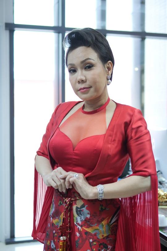 Lỗ tiền tỉ, Việt Hương vẫn chiến với web drama - Ảnh 3.