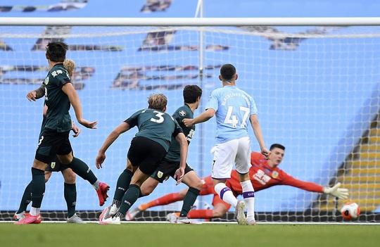 Sao World Cup tỏa sáng, Man City xoa dịu lò lửa Etihad - Ảnh 2.