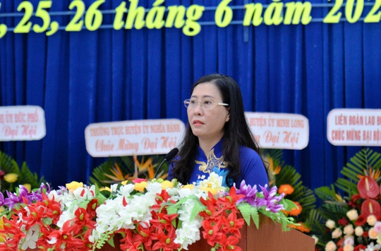 Bí thư Quảng Ngãi dự đại hội Đảng bộ huyện nhưng bất ngờ không trực tiếp chỉ đạo - Ảnh 3.