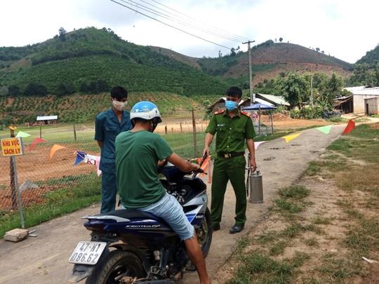 Bộ Y tế thành lập đoàn hỗ trợ chống dịch bệnh bạch hầu tại Đắk Nông - Ảnh 2.