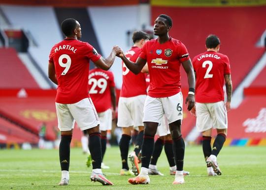 Hat-trick Martial phá dớp săn bàn, Man United bùng nổ ở Old Trafford - Ảnh 4.