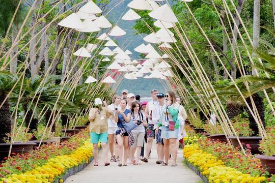 Đảo Hoa Lan - thiên đường du lịch bí ẩn tại Nha Trang - Ảnh 3.