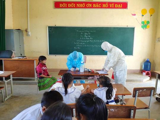 Viện Vệ sinh dịch tễ Tây Nguyên thông báo kết quả xét nghiệm bạch hầu đối với 28 học sinh - Ảnh 1.