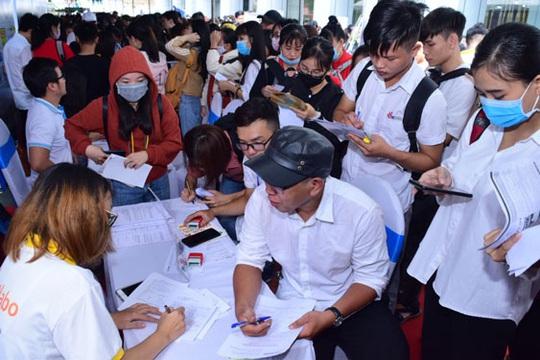 4.000 ứng viên tham gia Ngày hội tuyển dụng, việc làm - Ảnh 1.