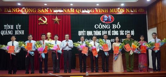 Quảng Bình: Điều động, bổ nhiệm 25 cán bộ, lãnh đạo chủ chốt - Ảnh 1.