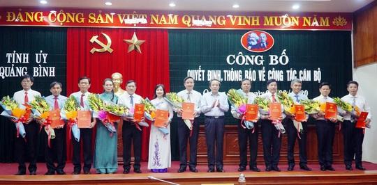 Quảng Bình: Điều động, bổ nhiệm 25 cán bộ, lãnh đạo chủ chốt - Ảnh 2.