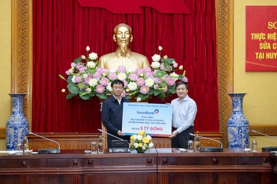 Đảng bộ VietinBank nhiệm kỳ 2015 -2020: Dấu ấn đổi mới và phát triển - Ảnh 3.