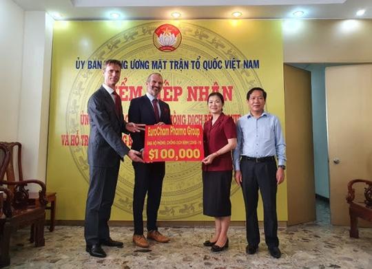 Chung tay phòng, chống dịch COVID-19, doanh nghiệp nước ngoài quyên góp 100.000 USD - Ảnh 1.