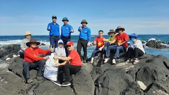 C.P. Việt Nam tham gia chiến dịch tình nguyện hè 2020 tại đảo Cồn Cỏ, Quảng Trị - Ảnh 2.