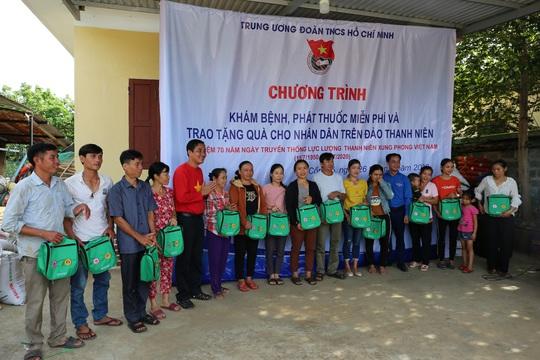 C.P. Việt Nam tham gia chiến dịch tình nguyện hè 2020 tại đảo Cồn Cỏ, Quảng Trị - Ảnh 3.