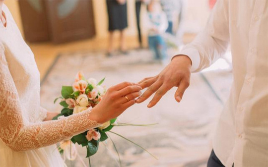 Muốn chồng yêu, người vợ thông minh cần thuộc nằm lòng 7 độc chiêu sau - Ảnh 2.