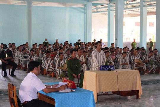 Phạm nhân phạm tội Hiếp dâm trẻ em trốn trại giam Đồng Sơn lĩnh thêm án - Ảnh 1.