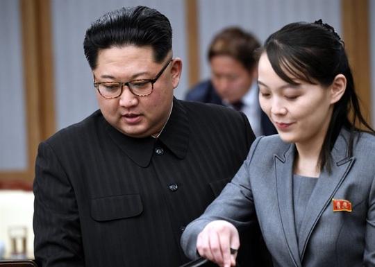 """Nhân vật """"dưới một người, trên vạn người"""" ở Triều Tiên - Ảnh 1."""