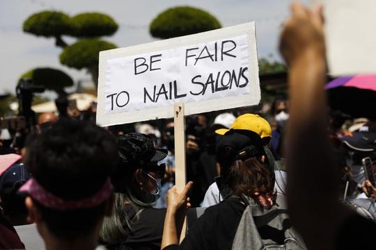 Cộng đồng nail Việt gây sức ép lên chính quyền bang California - Ảnh 1.