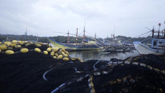 Cựu Bộ trưởng Philippines đòi tịch thu tài sản của Trung Quốc vì tàn phá biển Đông - Ảnh 2.