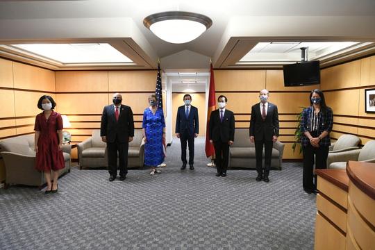 Tổng Bí thư, Chủ tịch nước và Tổng thống Donald Trump chúc mừng 25 năm quan hệ Việt - Mỹ - Ảnh 6.
