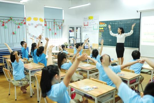 Ứng xử văn minh có thể nhận học bổng hơn 200 triệu đồng - Ảnh 1.