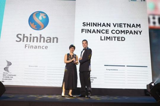 Shinhan Finance là một trong những Nơi làm việc tốt nhất châu Á năm 2020 - Ảnh 1.