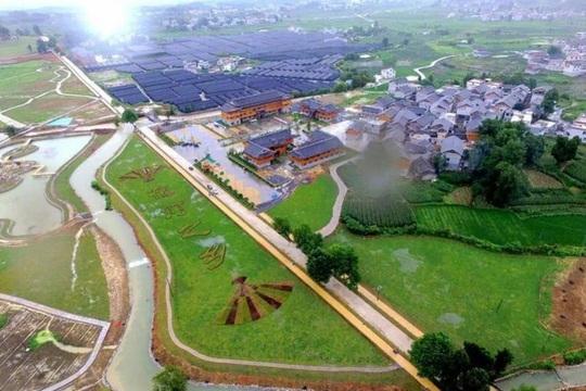 Huyện nghèo Trung Quốc đốt tiền kinh hoàng - Ảnh 2.