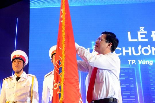 DIC số 4 vinh dự đón nhận Huân chương Lao động hạng Ba - Ảnh 1.