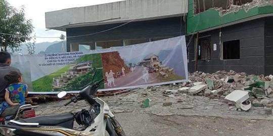 Đang phá dỡ công trình Mã Pì Lèng Panorama - Ảnh 2.