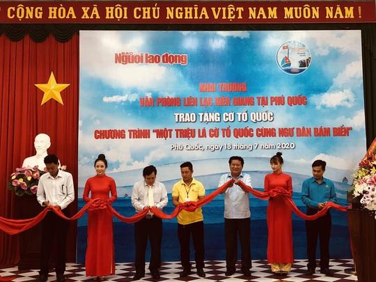 Báo Người Lao Động khai trương văn phòng liên lạc tại Phú Quốc - Ảnh 2.