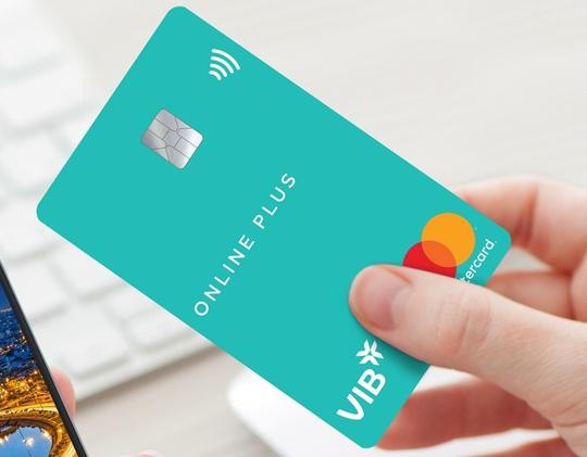 Đã có ngân hàng duyệt mở thẻ tín dụng trong 30 phút - Ảnh 1.