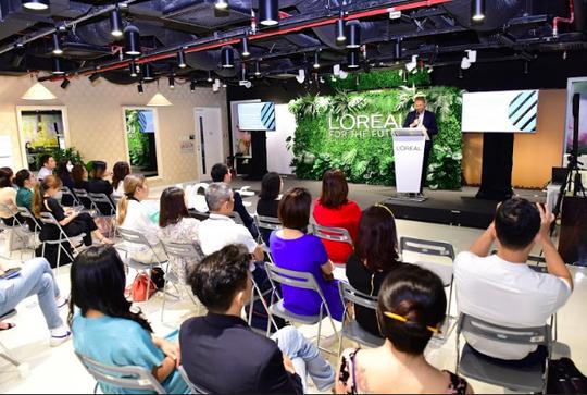 L'Oréal công bố mục tiêu phát triển bền vững đến 2030 - Ảnh 2.