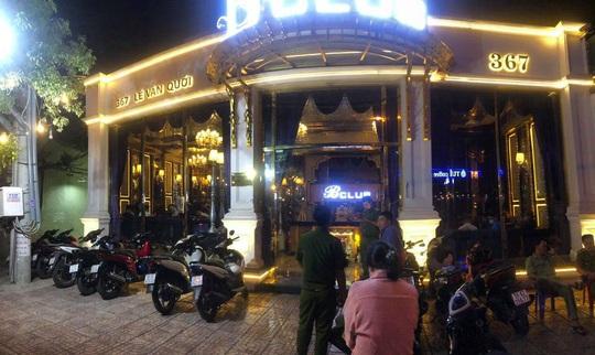 CLIP: Hàng chục người thác loạn ở quận Bình Tân, TP HCM - Ảnh 3.